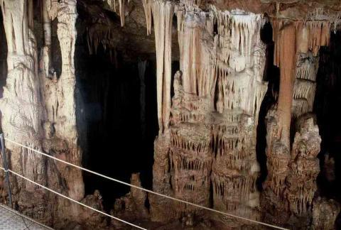 Σπήλαιο Σφεντόνη